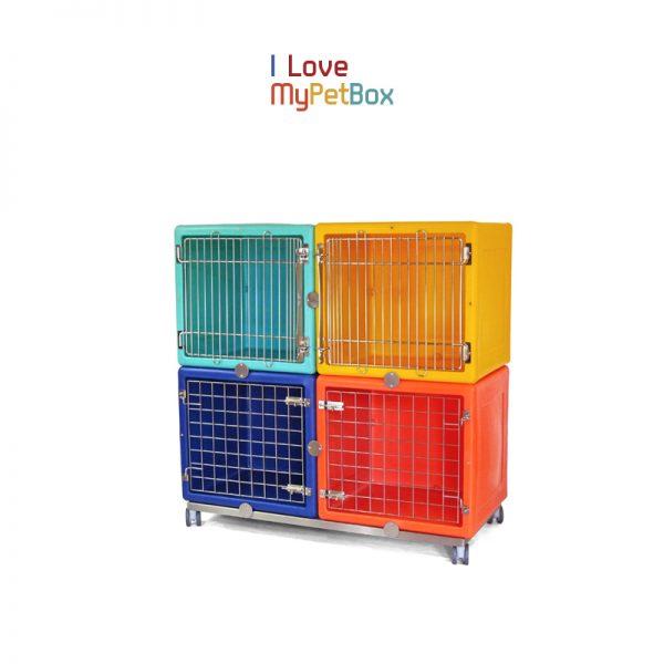 ILoveMyPetBox - base avec 4 roues - montré avec des cages